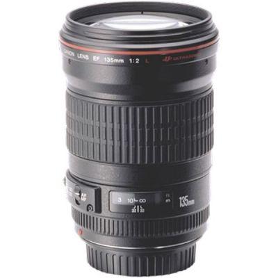 Canon  EF - Teleobjektiv - 135 mm - f/2.0 L USM -  EF - für EOS 1000, 1D, 50, 500, 5D, 7D, Kiss F, Kiss X2, Kiss X3, Rebel T1i, Rebel XS, Rebel XS