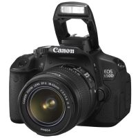 Canon EOS 650D Kit + 18-55 IS II