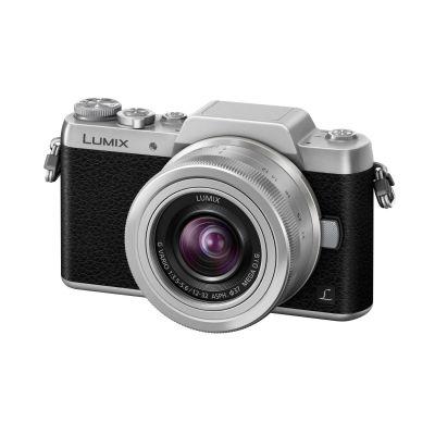 Lumix DMC-GF7 Kit 12-32mm Systemkamera schwarz/silber