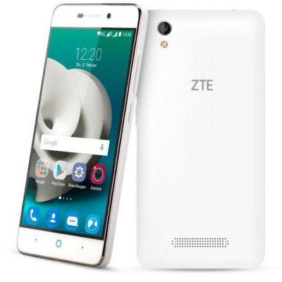 ZTE Blade A452 weiß Android Smartphone